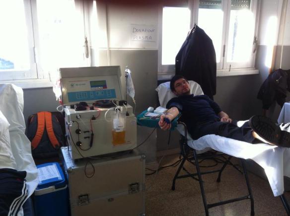 Donatore di plasma in raccolta esterna. Foto di Patrizia Di Marco, gruppo donatori Lanuvio
